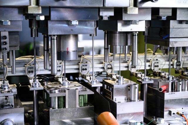 高精度&高品質なプレス加工技術