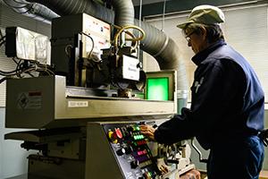 加工機械操作イメージ